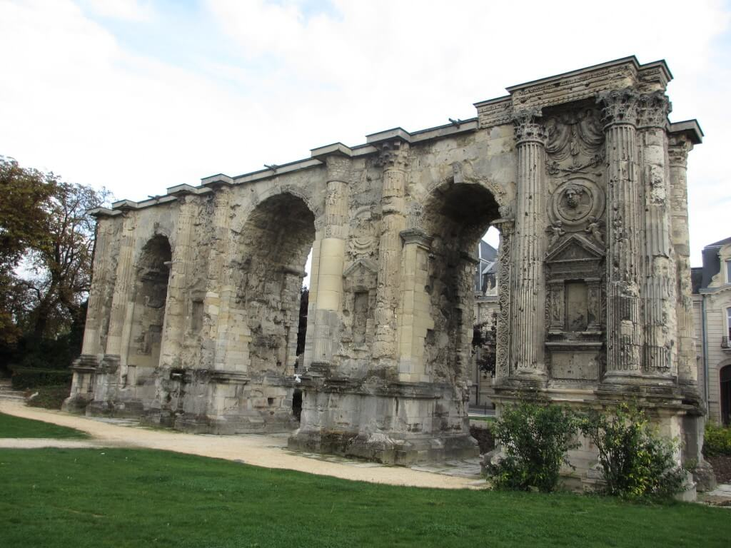Roman arches in Reims France, how to take a day trip to Reims
