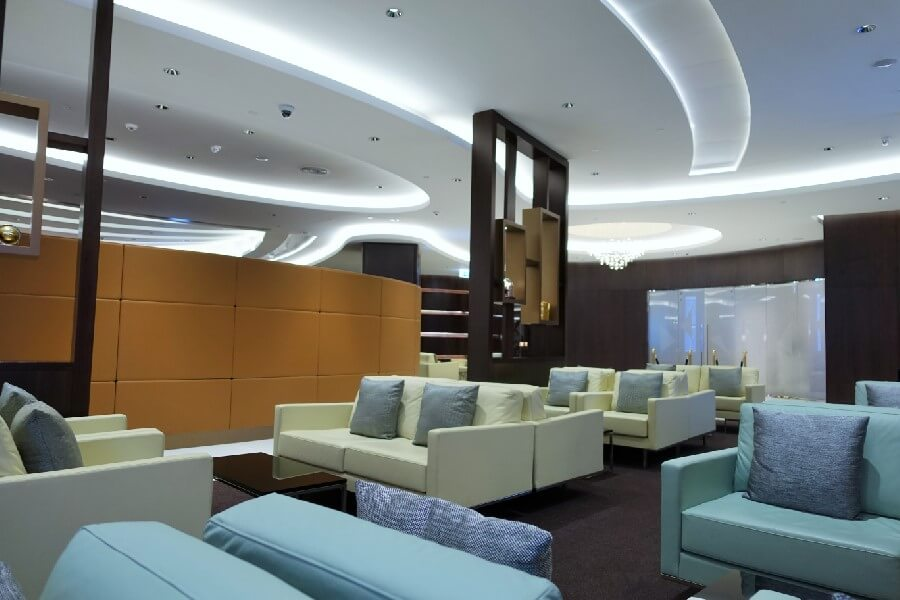 Etihad Lounge in Abu Dhabi