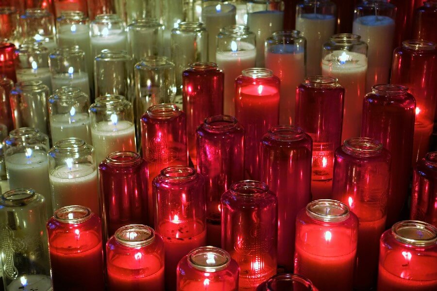 Devotional candles at Basilique Notre Dame Montreal