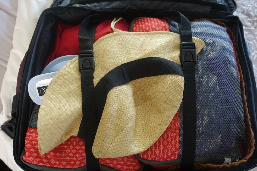 A 2 climate packing list for one bag travel
