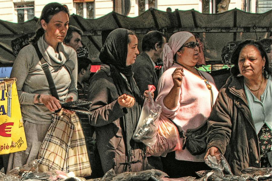 The forbidden Paris market - the midweek postcard