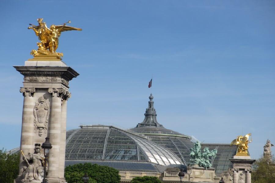 Views of Paris - More Paris tourist scams you need to know