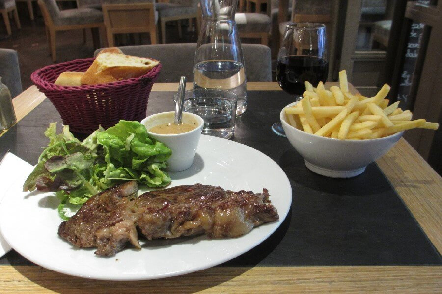 Steak frites in ParisBest brasserie foods in Paris
