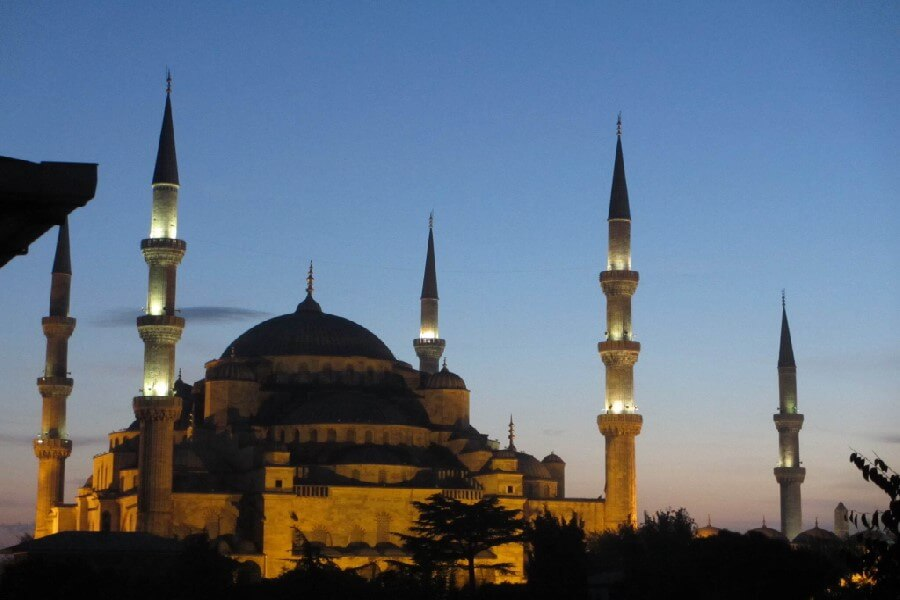 View of the Blue Mosque, Istanbul from the Uyan Hotel, The best frugal first class hotels in Europe