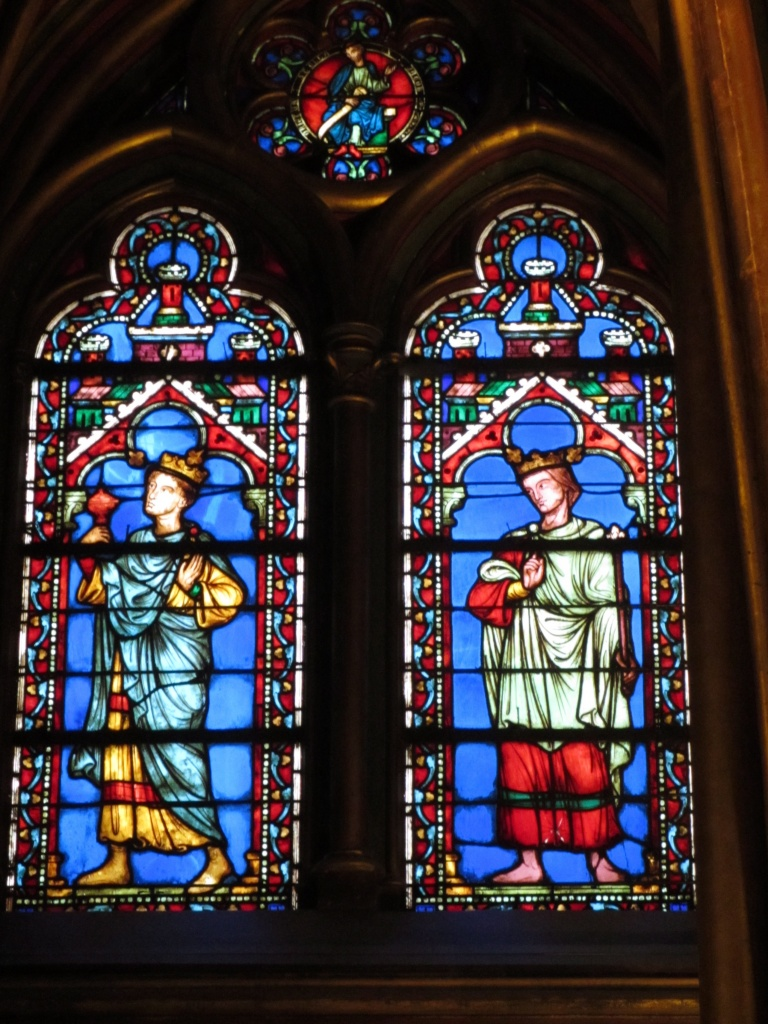 Stained glass in Ste Chapelle, 10 things to avoid on your first trip to Paris