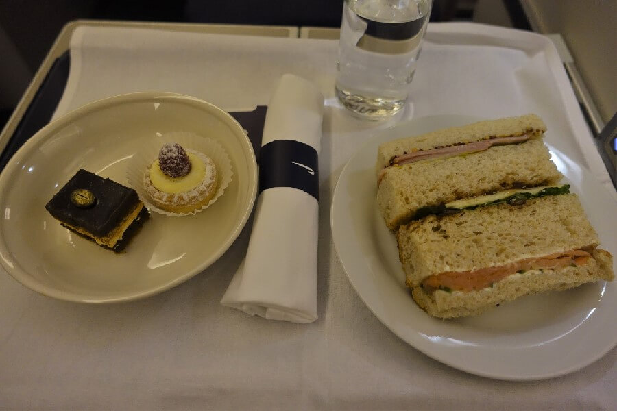 British Airways Business Class review British Airways Club World afternoon tea