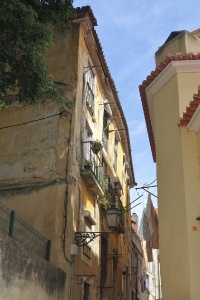 Exploring the Alfama: a fishing village in Lisbon