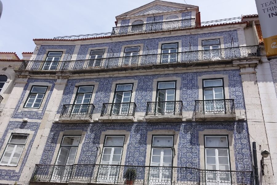 Blue tiled building in Lisbon Portugal Best things to do in Lisbon in 48 hours