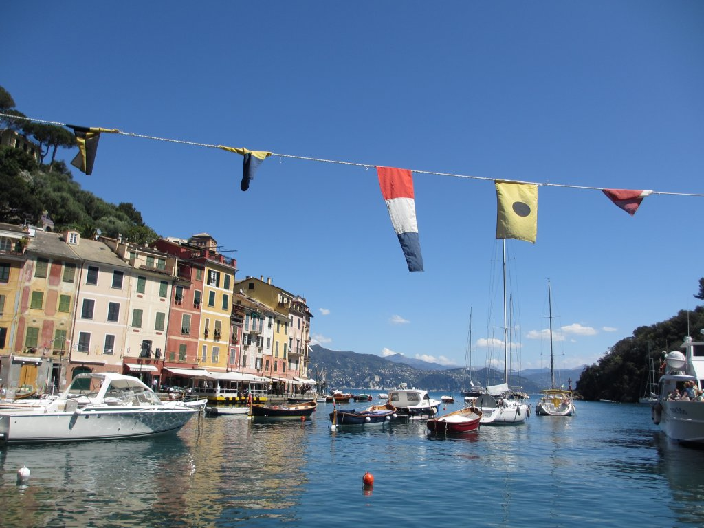 Planning a trip to Europe: where to start Harbour in Portofino Italy