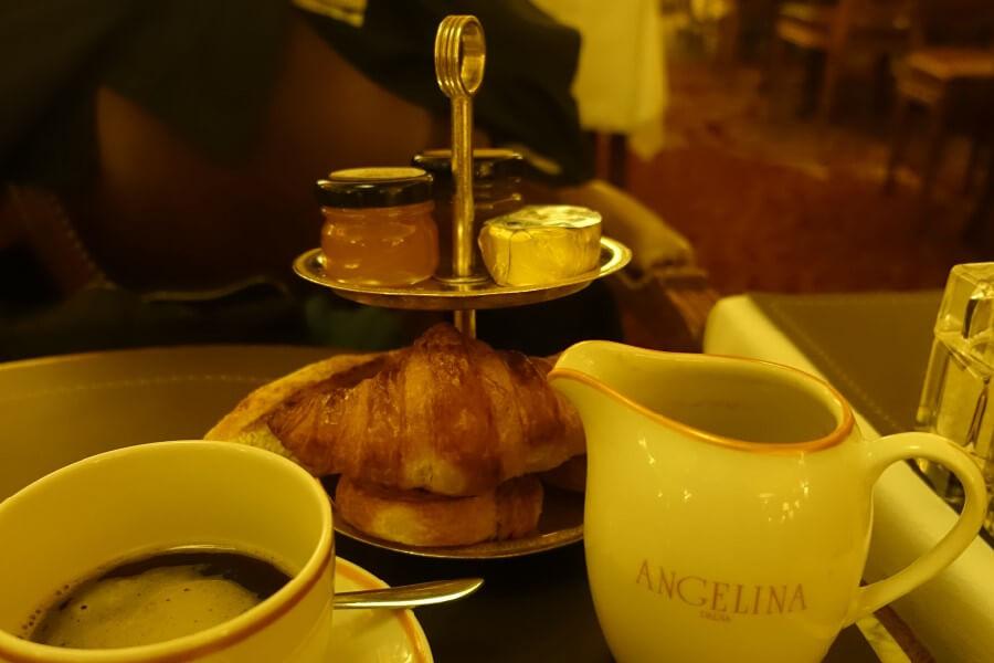 breakfast Angelina's Paris, French breakfast