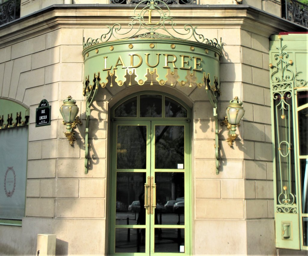 Laduree Champs Elysees Paris, Laduree boutique Paris