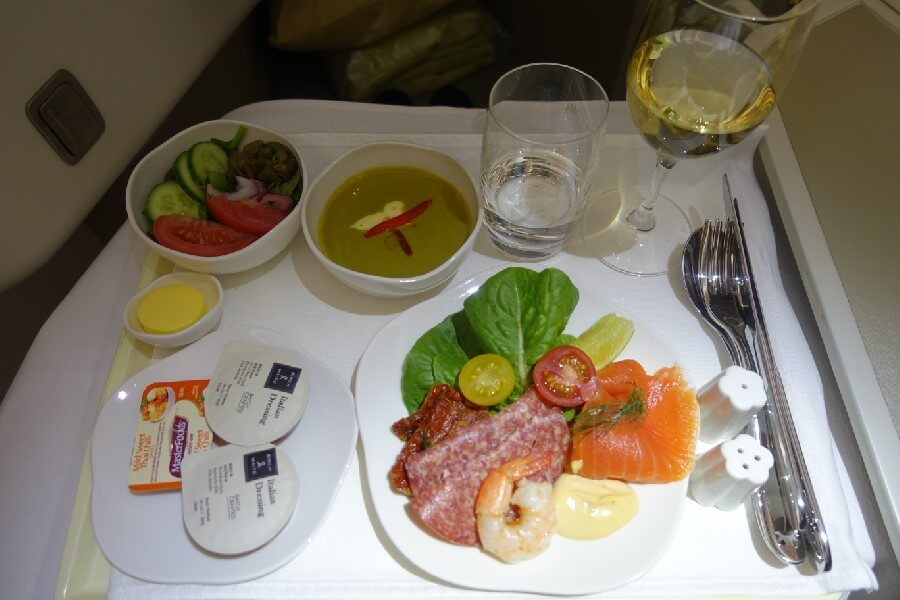 Vietnam Airlines review: what is Vietnam Airlines Business Class like?