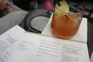 mai tai cocktail on Hawaiian Airlines Business Class A330