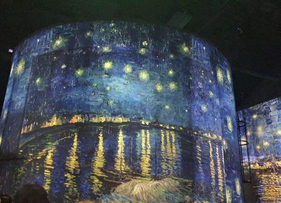 Vincent Van Gogh Starry Night at Ateliers des Lumiered Paris 2019