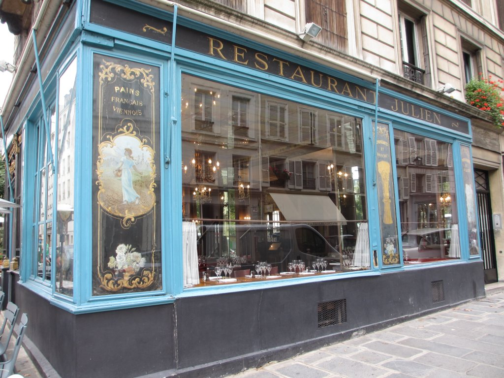 Traditional restaurant in the Marais
