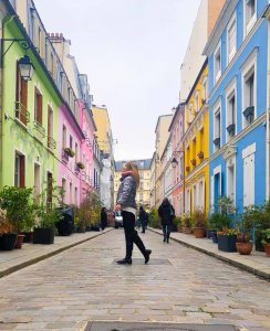 rue Cremieux Paris, colourful Paris streets
