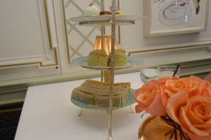 3 tier cake stand Fortnum & Mason Diamond Jubilee Tea Room
